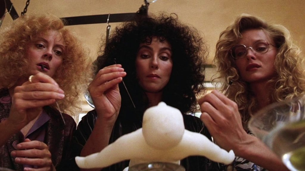 Cher, Michelle Pfieffer, and Susan Sarandon in The Witches of Eastwick